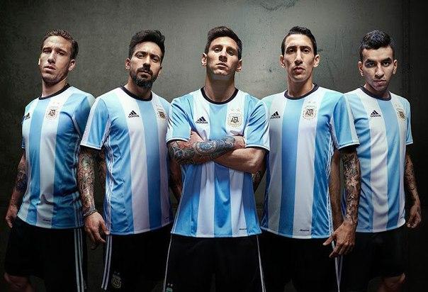 forma-sbornoj-Argentiny-2016-foto